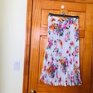 Zara floral pleated midi skirt